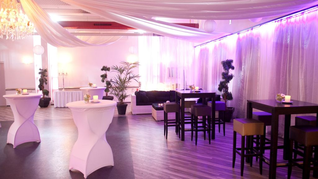 2B Home Party & Business Centre
