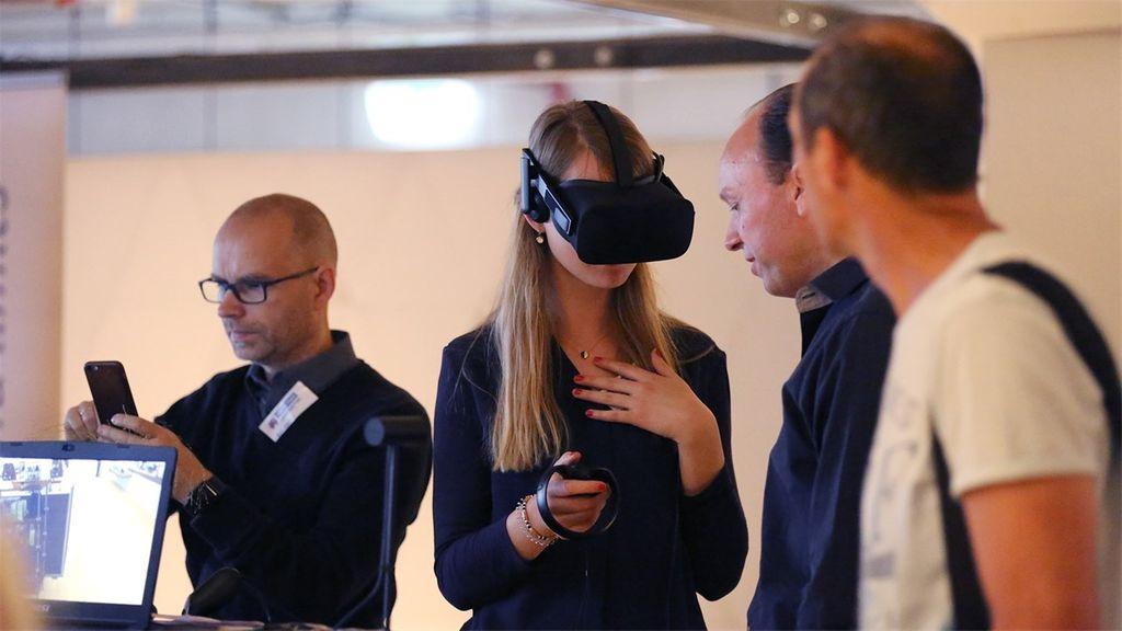 Enversed Virtual Reality Center