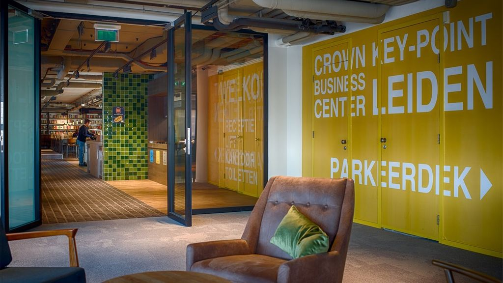Crown Business Center Key-Point