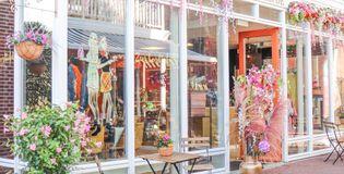 Zusterliefde Fashion café