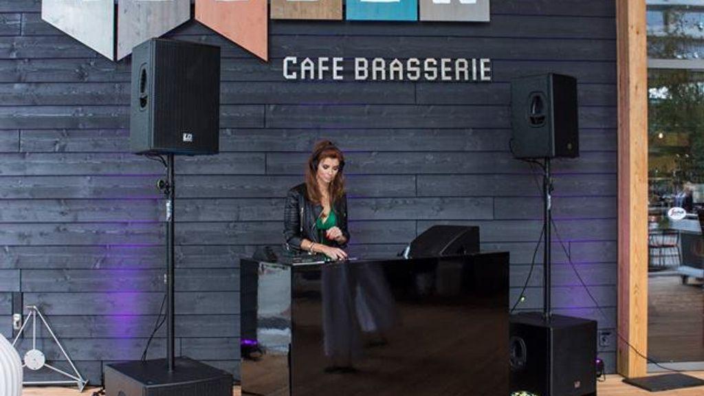Helden Cafe Brasserie