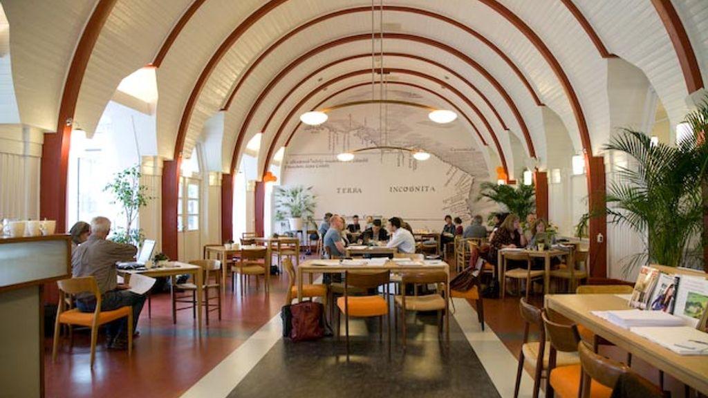 De Zwanenhof, centrum voor training en verdieping